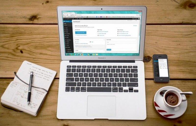 Biznes internetowy- działalność, na której da się zarobić całkiem przyzwoite pieniądze